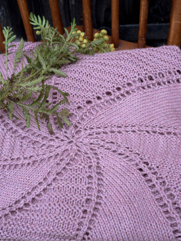 Damariscove Free Lace Baby Blanket Knitting Pattern