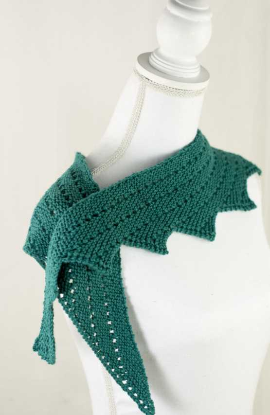 Navarre Shawl Free Knitting Pattern