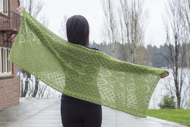 Shetland Inspired Lace Wrap Free Knitting Pattern