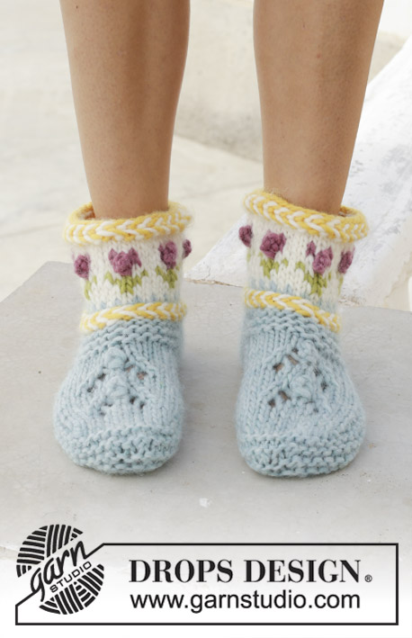 Spring Buds Lace, Cables and Colorwork Slippers Free Knitting Pattern