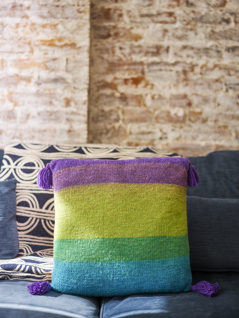 Tassel Trimmed Pillow Free Knitting Pattern