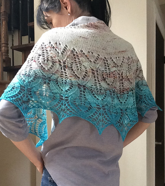 Vanesse Lace Shawl Free Knitting Pattern ⋆ Knitting Bee