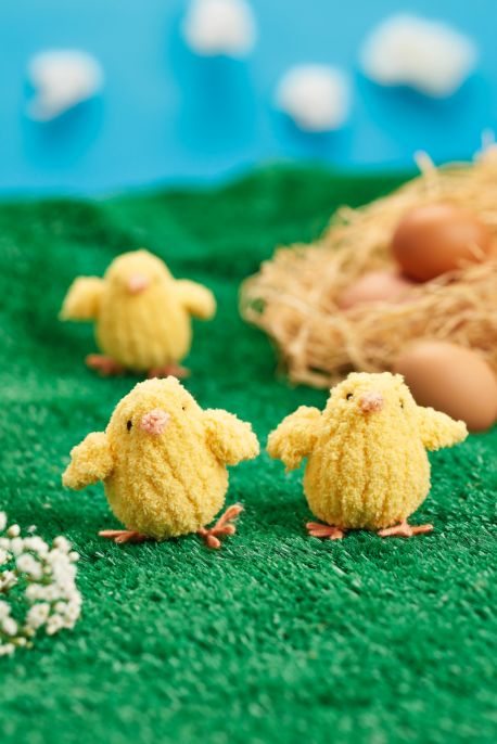 Fluffy Chicks Free Easter Knitting Pattern