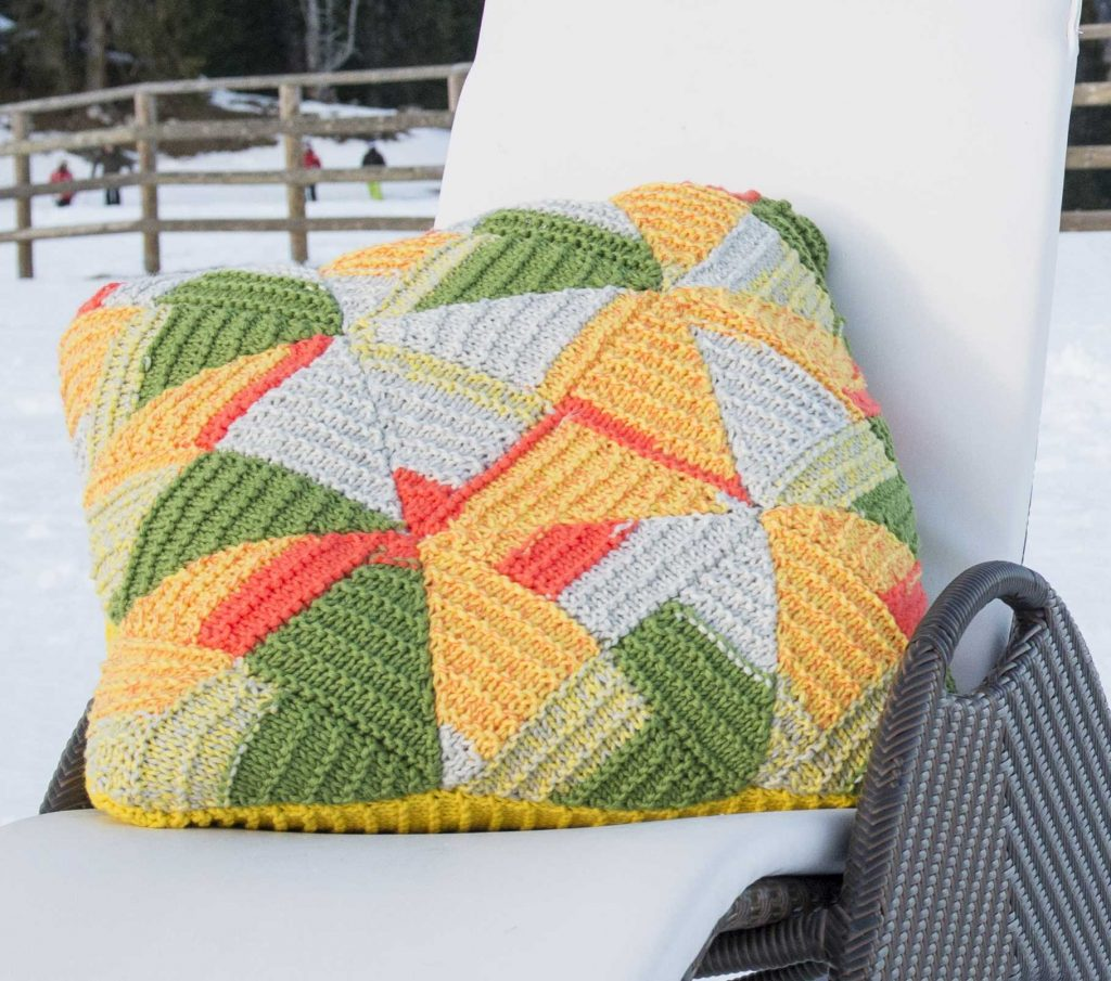 Mount Vinson Colored Pillow Free Knitting Pattern