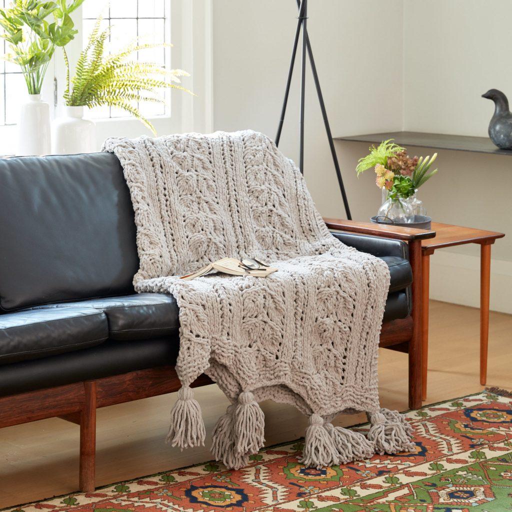 Free Knitting Pattern for a Rose Leaf Blanket