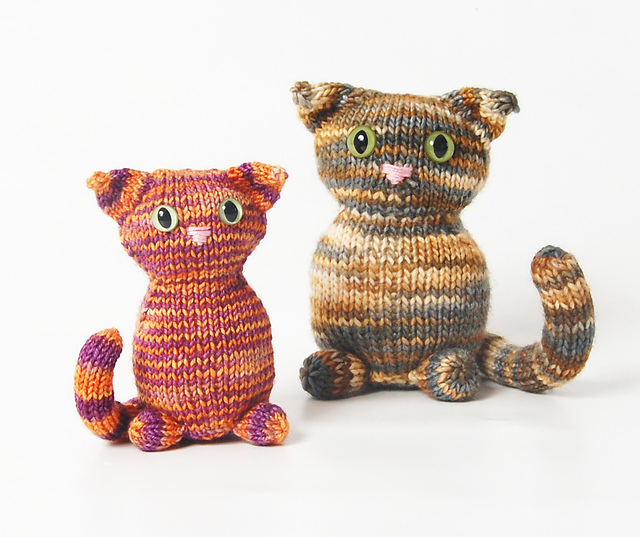 Free knitting pattern for a cat.