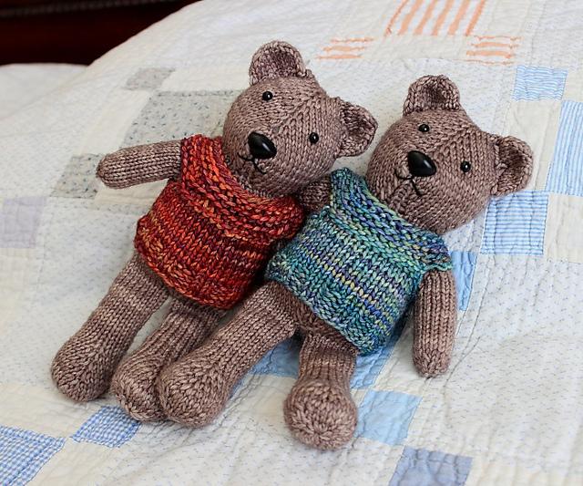 Free knitting pattern for an Amigurumi teddy bear