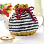 Free Knitting Pattern for a Beginner's Stripy Teacosy
