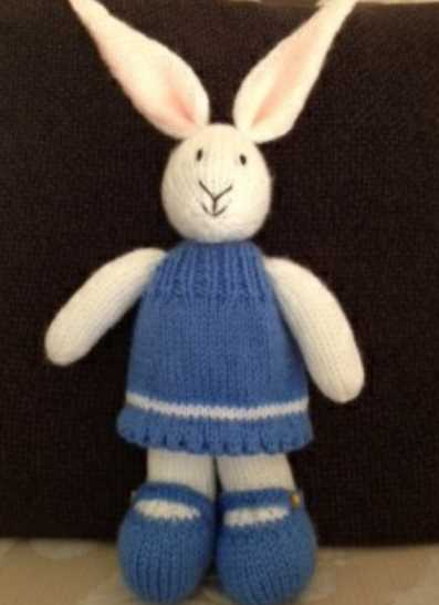 Bunny in a dress free knitting pattern