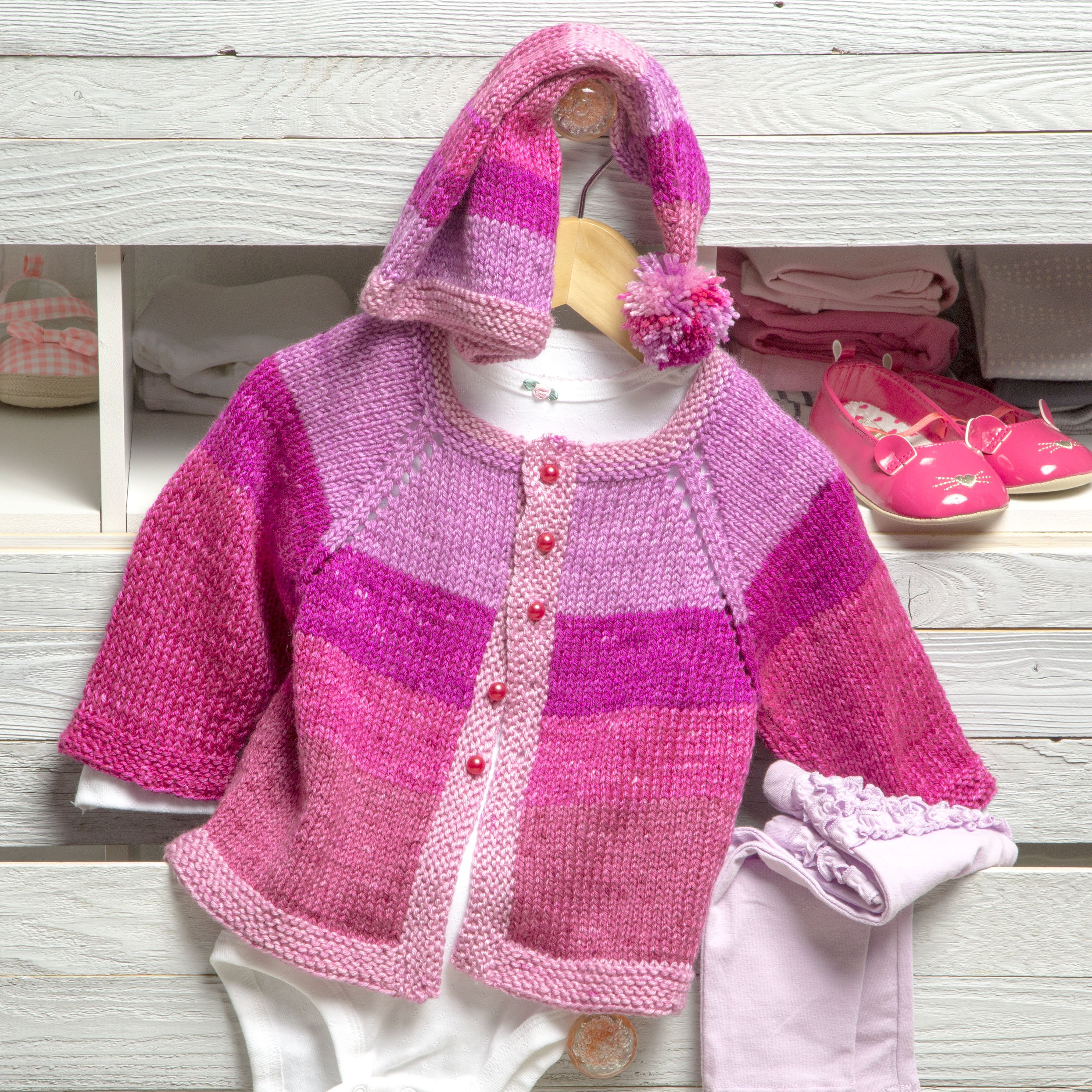 Free Baby Knitting Pattern for a Pixie Cardigan and Hat ⋆ Knitting Bee