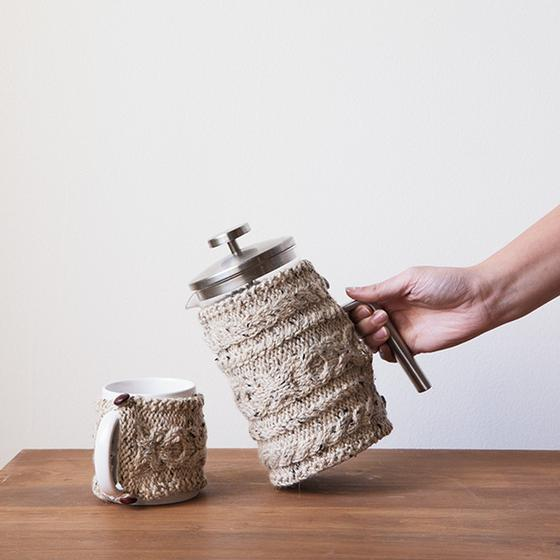 Free Knitting Pattern for Cabled Cozies for Coffee