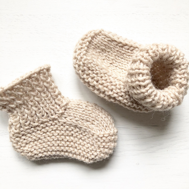 Free Knitting Pattern for Quick & Easy Baby Boots