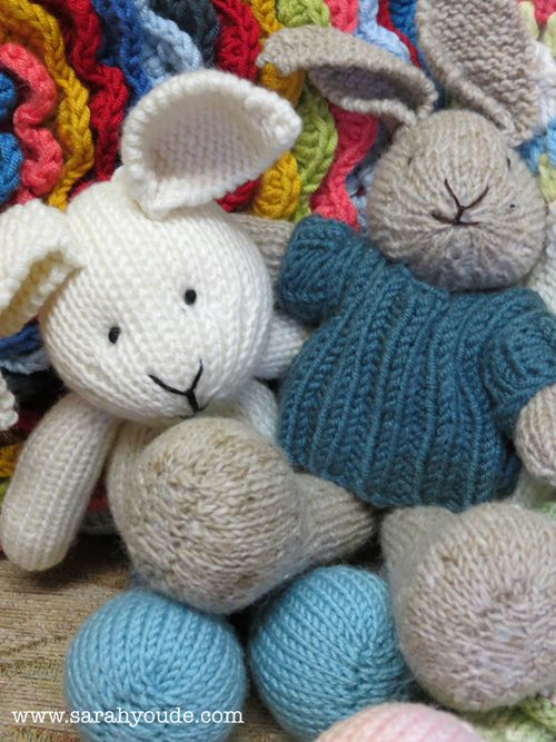 Free Knitting Pattern For A Sunny Bunny Rabbit Toy Knitting Bee