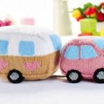 Free Pattern for a Knitted Car and Caravan Toy Set