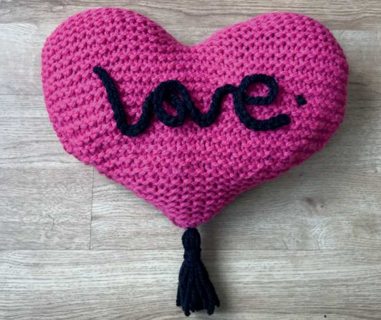 Free Knitting Pattern for a Love Cushion