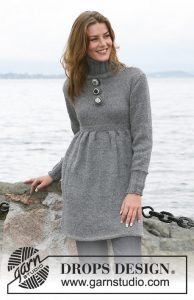 Free dress knitting pattern with pleats and turtleneck