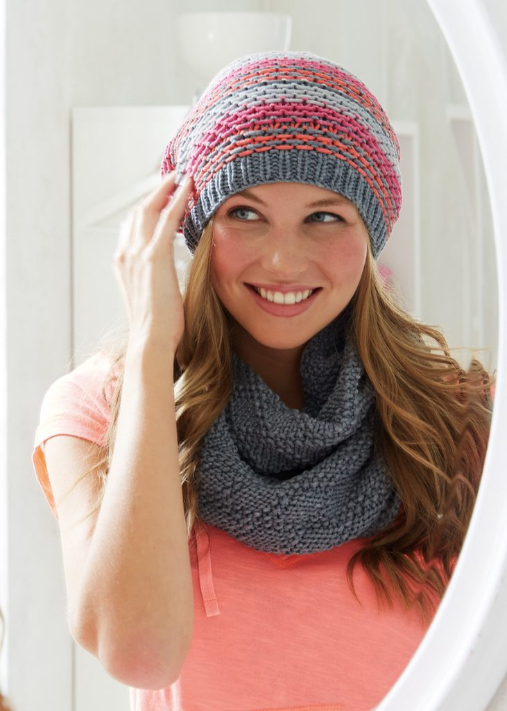 Free Knitting Pattern for a Beanie and Cowl Set