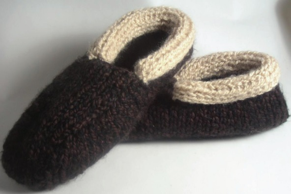 Free Knitting Patterns for Cabin Slippers