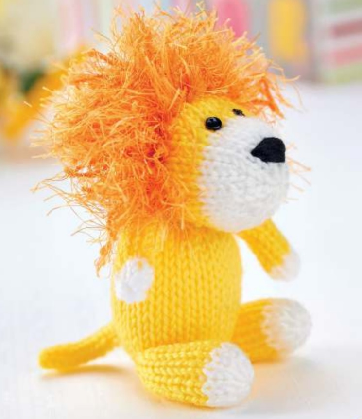 Free Knitting Pattern for a Lion, Tiger and Giraffe Toy Set