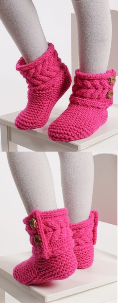 Free knitting pattern for sippers in garter st with cables