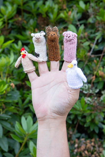 Free Knitting Pattern For Farmyard Finger Puppets Knitting Bee
