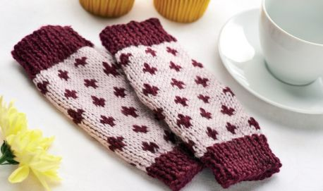Free Knitting Pattern For Simple Fair Isle Wristwarmers 1