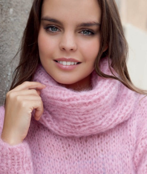 107daaed8 Free Knitting Pattern for a Chunky Oversized Turtleneck Sweater