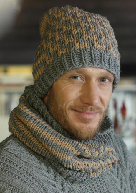 Free Knitting Pattern for a Men's Beanie and Infinity Scarf