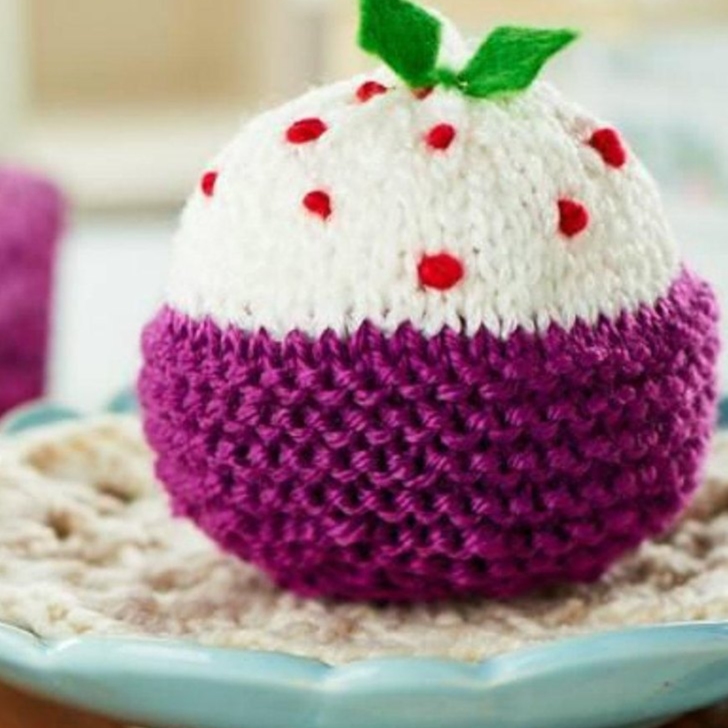 Free Knitting Patterns for a Plum Figgy Pudding