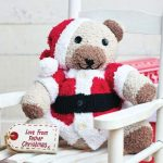 Cute and free knitting pattern for a Christmas teddy bear