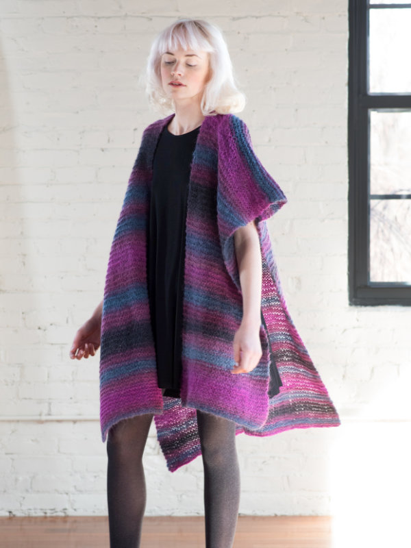 Free Knitting Pattern for a Poncho Dayleza