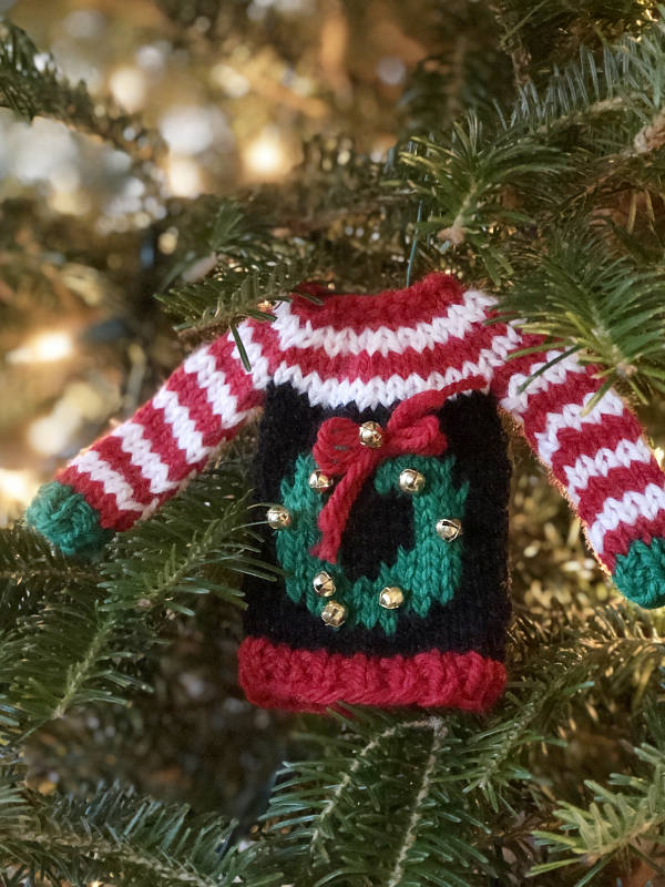 Free Knitting Pattern For Tiny Ugly Christmas Sweater