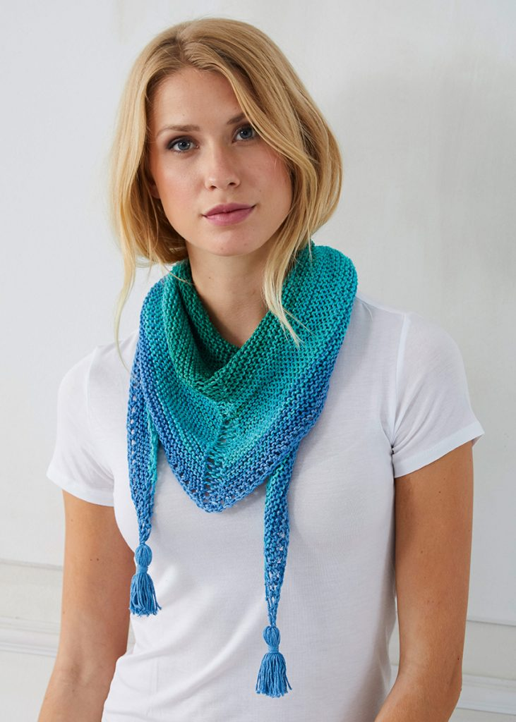 Free Knitting Pattern for a Triangular Scarf 2019