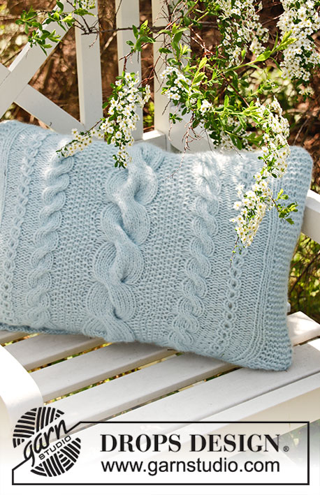 Free Knitting Pattern for a Cable Skye Pillow