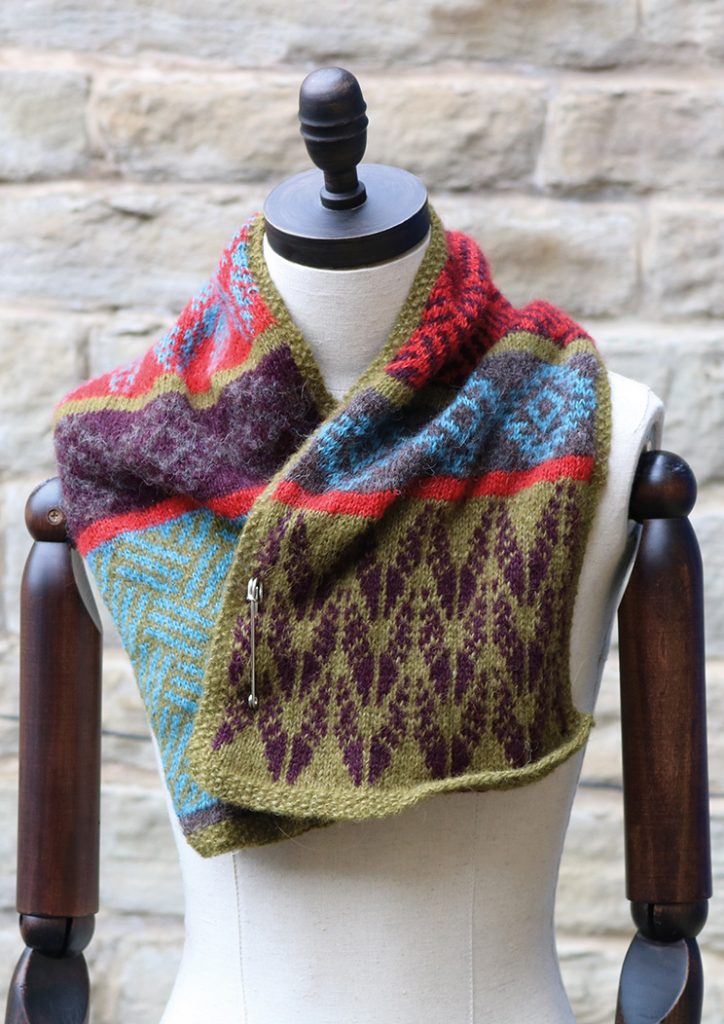 Free Knitting Pattern for the Teesdale Scarfette
