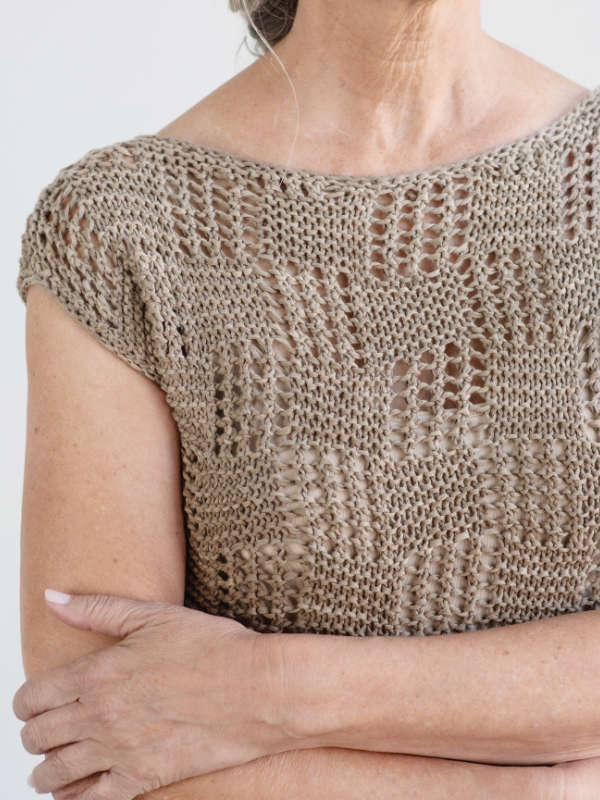 Free-Knitting-Pattern-for-a-Lace-Womens-Tee-Iras