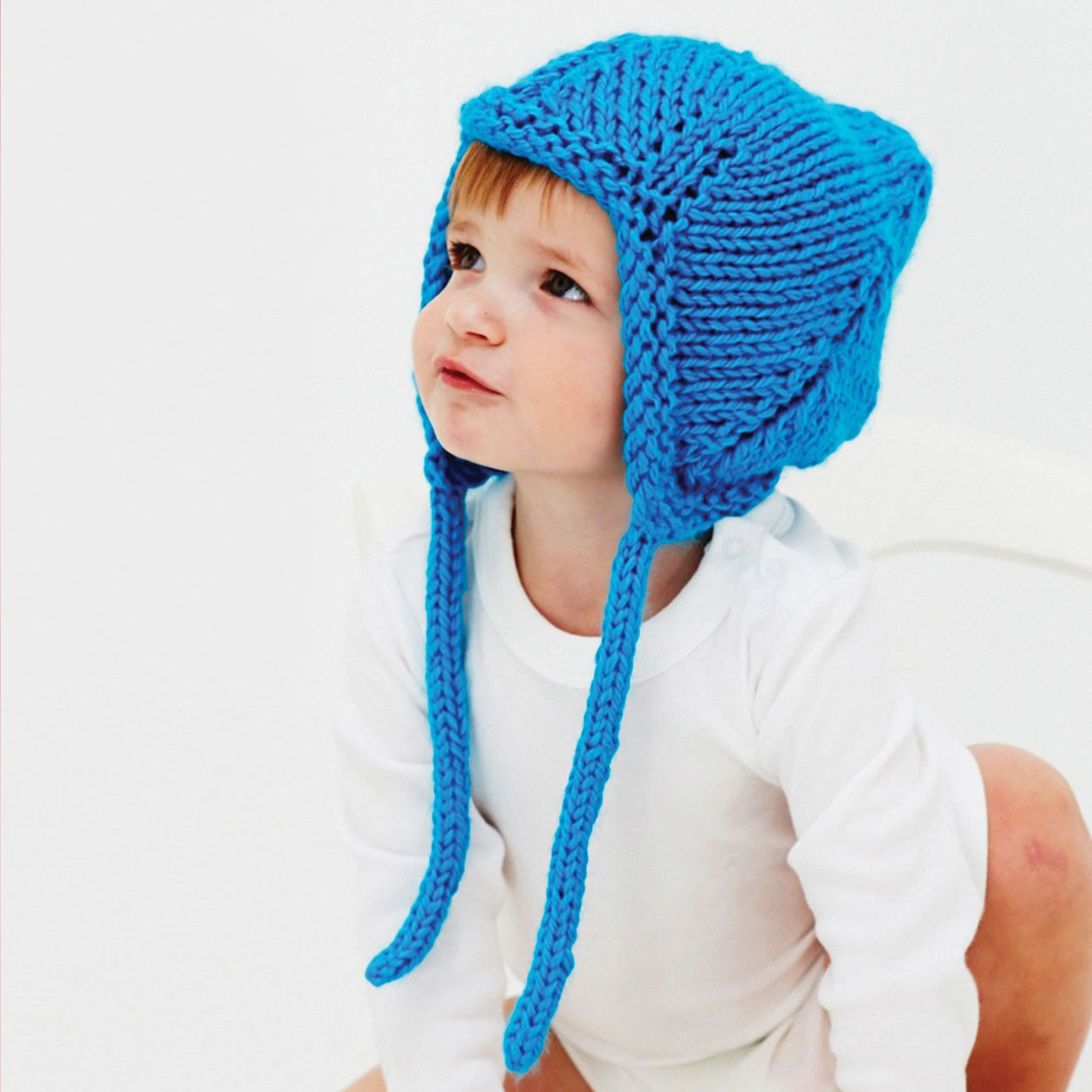 Free-knitting-pattern-for-a-baby-hat-with-ear-flaps ...