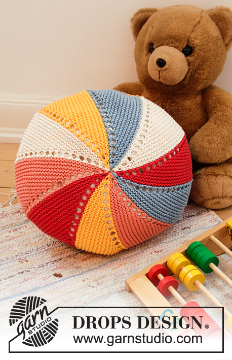 Free Knitting Pattern for a Colour Wheel Pillow for Kids