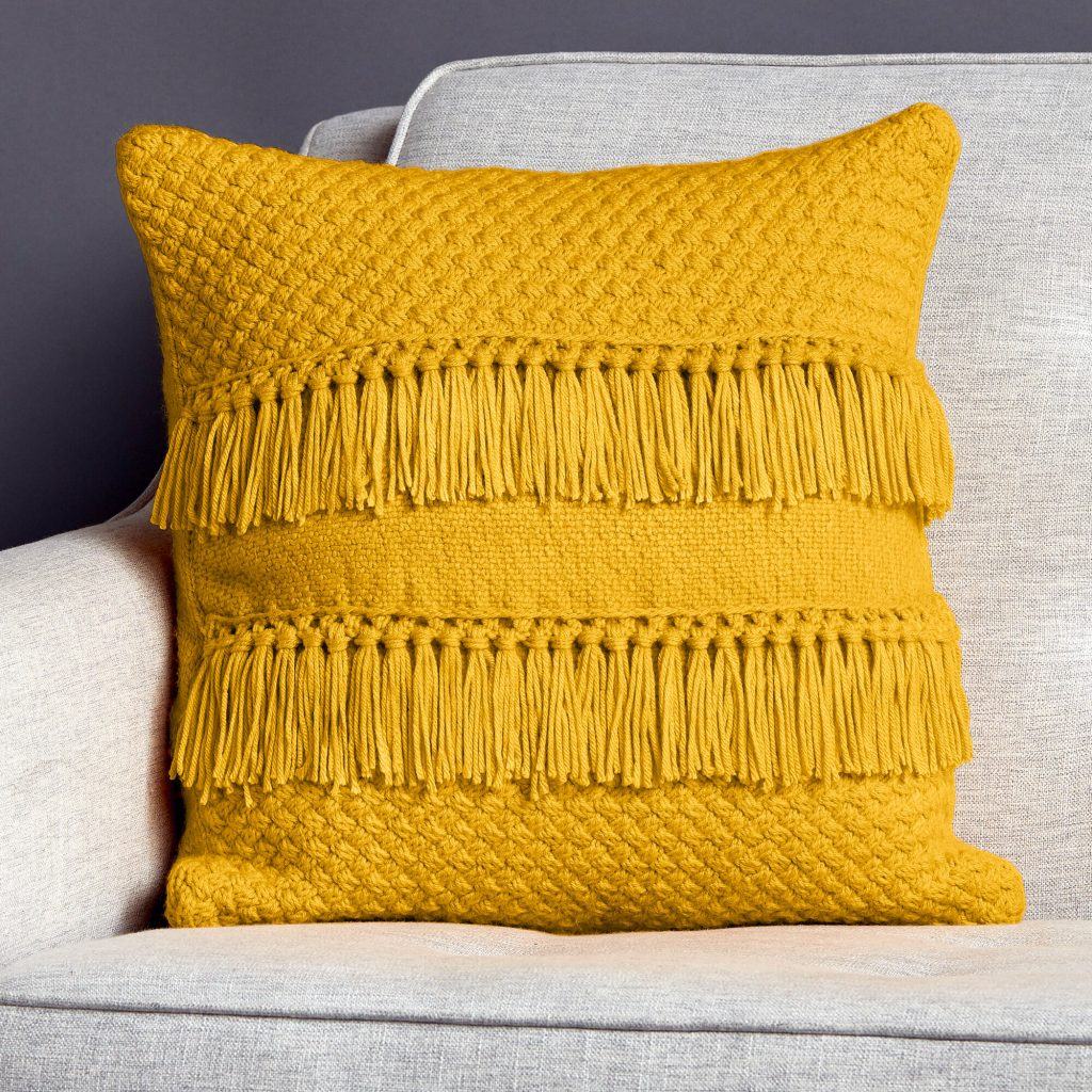 Free Knitting Pattern for a Texture and Fringe Pillow