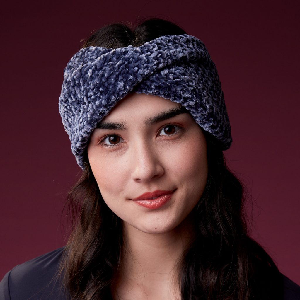 Free Knitting Pattern for a Beginner Twisted Headband