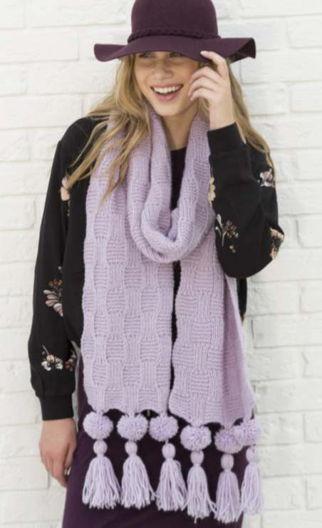 Free knitting pattern for a scarf using Patons wool