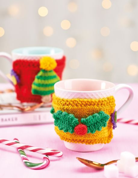 Christmas mug cosy free knitting pattern
