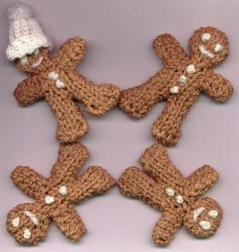 Free and easy gingerbread men to knit