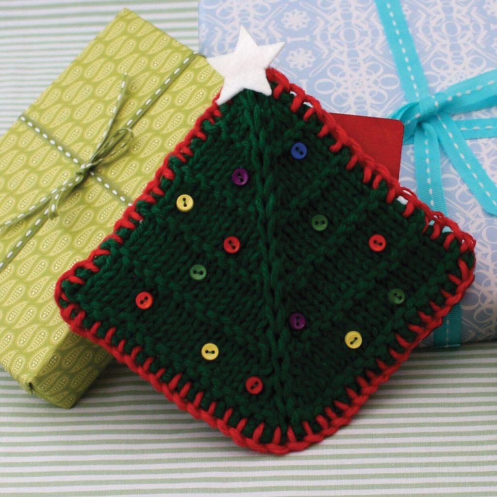 Christmas tree gift card cosy free knitting pattern