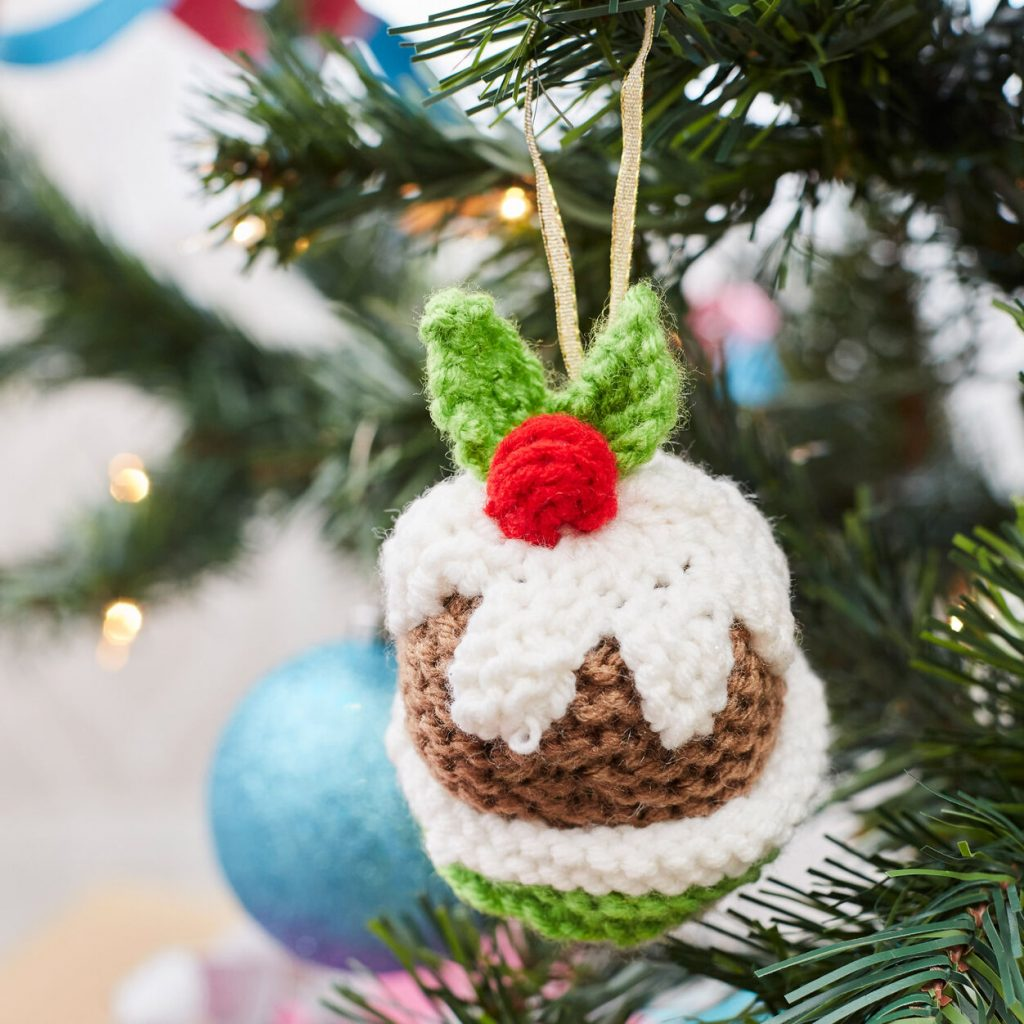 Chritmas pudding ornament knitting pattern