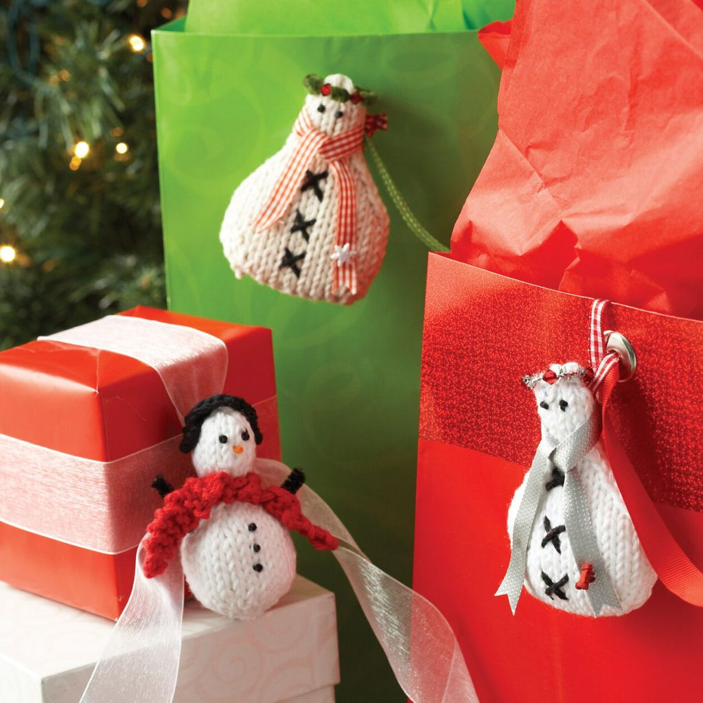 Easy snowman ornament knitting pattern