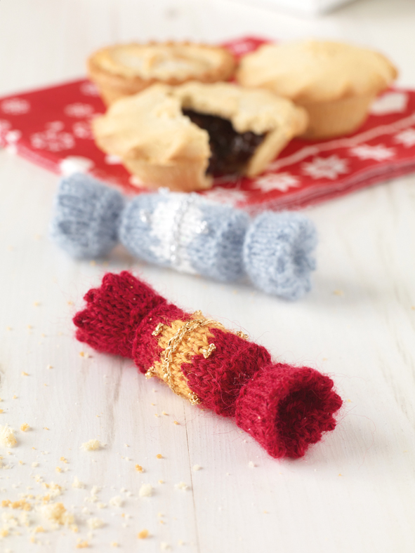 Free Pattern for a Christmas cracker