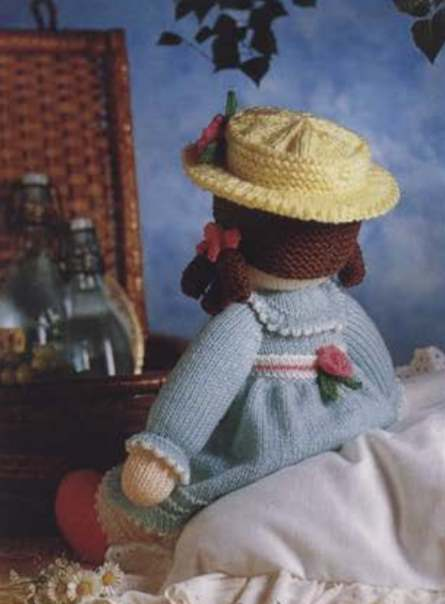 Free knit pattern for Emily doll