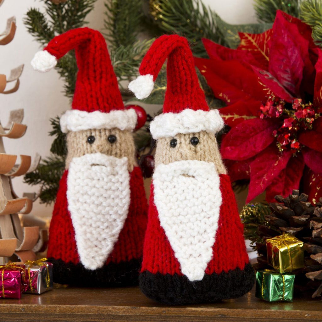 Free knitting pattern for a Santa gnome ornament