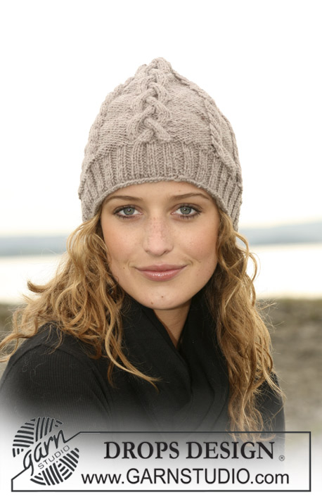 Free knitting pattern for a braid cable beanie